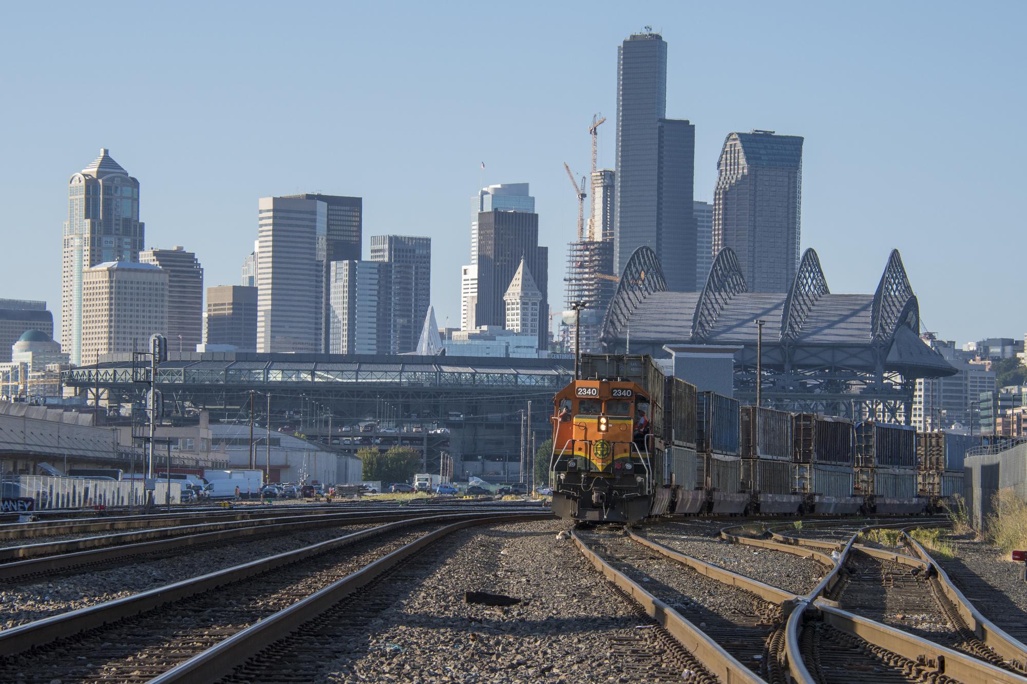 train-03